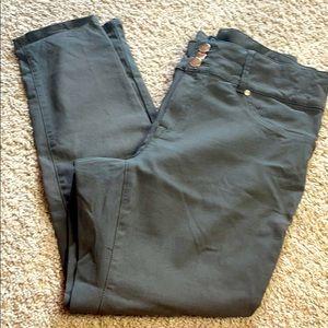 Indigo Poppy. Army Green skinny fit pants. size 20